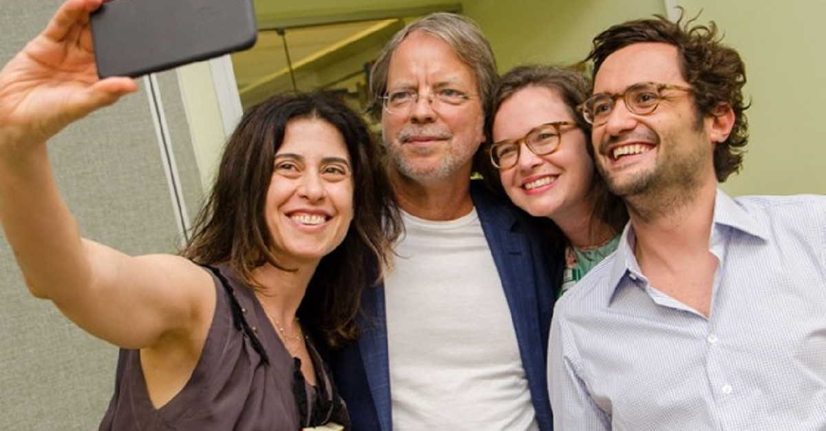 Bem na foto: Fernanda Torres, Mia Couto, a editora da Companhia das Letras Julia Bussius e o publisher Otávio Marques da Costa / Foto: Carol Machado